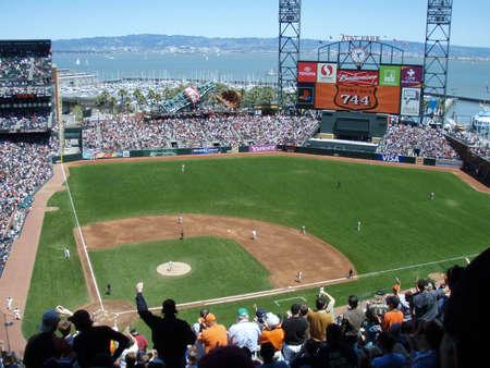 SAN FRANCISCO, CA - MAY 3: Giants Vs. Phillies: Giants Barry Bonds circles 2nd base after hitting his 744 homerun Taken May 3 2007 at Att Park San Francisco, CA. Editorial