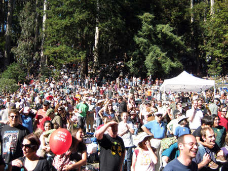 SAN FRANCISCO - AUGUST 22: 73rd Stern Grove Festival: People watching and enjoy outdoor concert at the Stern Grove. August 22 2010 San Francisco CA.  Stock Photo - 10403989