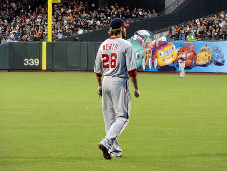 SAN FRANCISCO, CA - JUNE 6: Washington National Right Fielder Jayson Werth stands in the outfield between plays June 6 2011 San Francisco. Stock Photo - 11652585