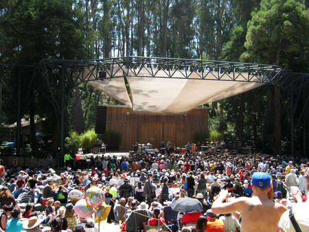 SAN FRANCISCO - AUGUST 22: 73rd Stern Grove Festival: Rogue Wave preforms during the opening act to a large crowd at outdoor concert. August 22, 2010 in San Francisco CA.