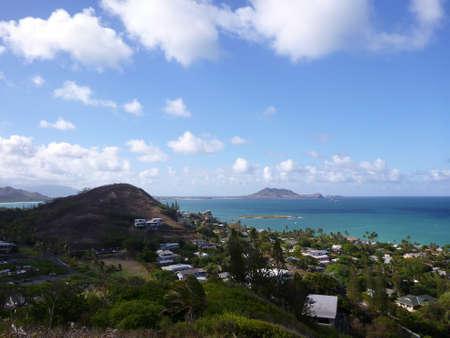 オアフ島、ハワイのトップの山からカイルア湾とラニカイ 写真素材