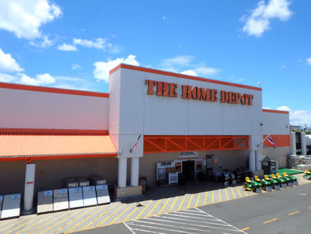 retailer: Honolulu, HI, USA - August 4, 2015: Oahu Home Depot, Founded in 1978, The Home Depot is a retailer of home improvement and construction products and services. It is the largest home improvement retailer in the USA. Editorial