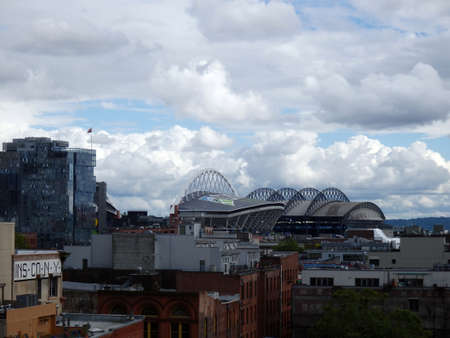 seahawks: SEATTLE - 24 de junio: CenturyLink y el Safeco Field en un día nublado, Seattle, en 24 de junio de 2016. Inicio de los Seattle Seahawks (NFL), Marineros (MLB) y Sounders (MLS).