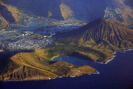 Aerial of Southeast corner of Oahu including Hawaii Kai, Koko Head Crater, Hanauma Bay, and Portlock. 版權商用圖片