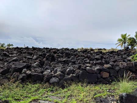 Hawaiian temple (heiau) at Aiopio Beach on Big Island, Hawaii. Banco de Imagens - 119985532