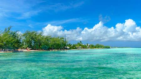Rum Point coast by the Caribbean sea, Grand Cayman