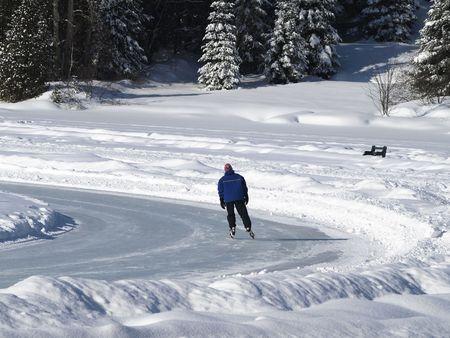 iceskating: Men iceskating
