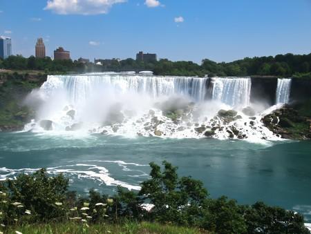 Niagara falls morning