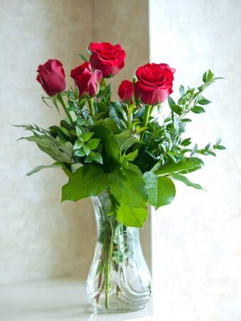 vase: Romantic red roses in glass vase