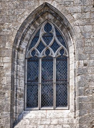 유럽의: 오래 된 고딕 양식의 성당 창 스톡 사진