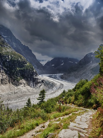 glace: Mer de glace at Mont-Blanc hiking trail in France Stock Photo