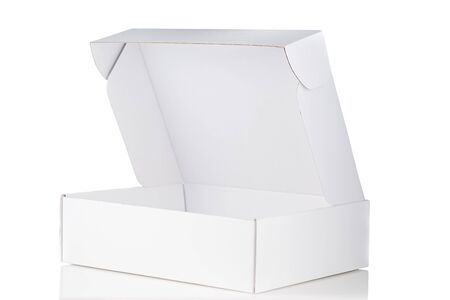 White cardboard box open 3/4 view isolated on white background 版權商用圖片