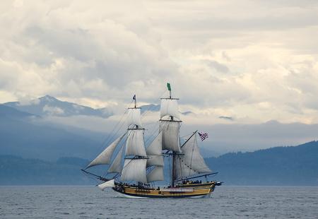 Lady Washington tall ship off coast of Olympic Peninsula, WA Stock Photo