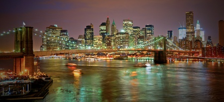 Brooklyn bridge in NYC at sunset while under construction Banco de Imagens