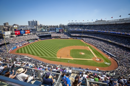 NEW YORK CITY �tats-Unis - 13 mai 2012:. Les Yankees sont � la maison en jouant contre les Mariners de Seattle sur la F�te des M�res, le 13 mai 2012 au Yankee Stadium, New York City. �ditoriale