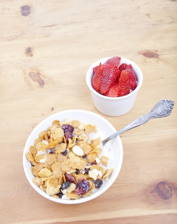 Bowl of cereal with strawberries Stock Photo - 15794145