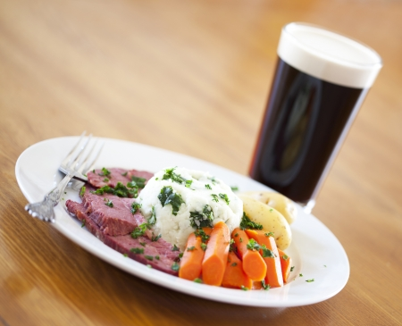 saint patty's: Traditional corned beef dinner