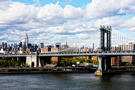 Manhattan Bridge and skyline on a cloudy day Stock Photo - 16187972