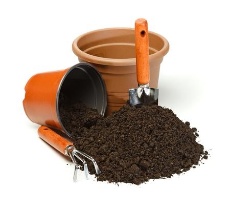 soil: Preparazione di impregnazione con attrezzi da giardinaggio e pentole