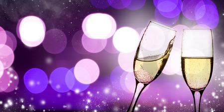 aniversario: Gafas champangne ??en el fondo espumoso