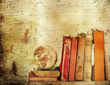 literatura: Fondo de la vendimia con los libros viejos. Volver al concepto de escuela