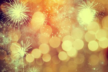 Vuurwerk op Nieuwjaar - vakantie achtergrond Stockfoto
