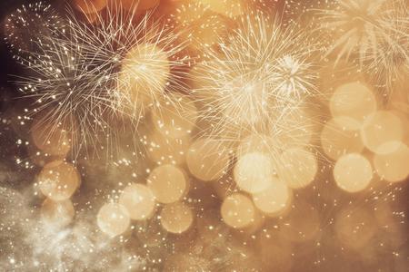 Abstracte achtergrond van Kerstmis met vuurwerk