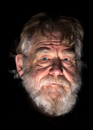 hombre con barba: Viejo hombre 2