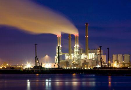 Refinery at night Stock Photo - 4232626