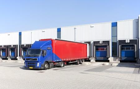 logistic: Loading docks