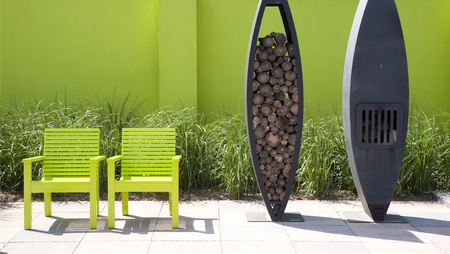 muebles de madera: Jard?n moderna Foto de archivo