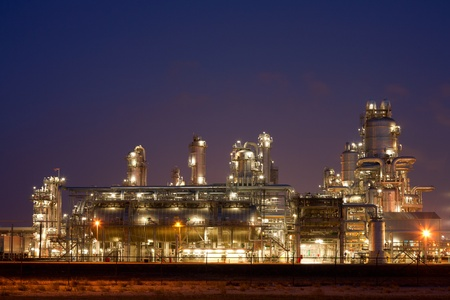 greenhouse gas: Refinery at night  Editorial
