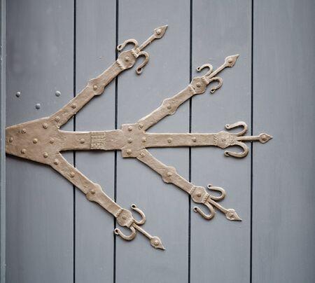 guarniciones: Herrajes para puertas