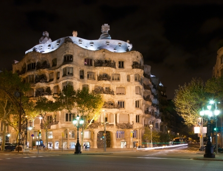limestone: Casa Mila by night Editorial
