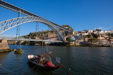 rabelo: Dom Luis I bridge in Porto, Portugal