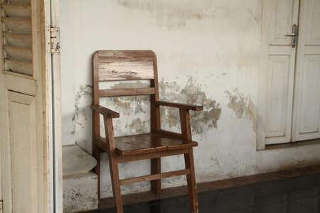sedia vuota: Sedia vuota Archivio Fotografico
