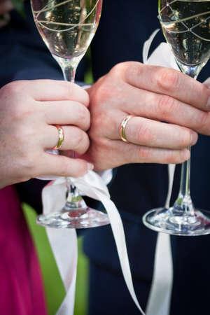 broken contract: wedding traditions, padlocks