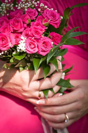 broken contract: wedding flowers Stock Photo