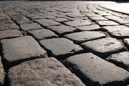 Laying technique for cobblestones