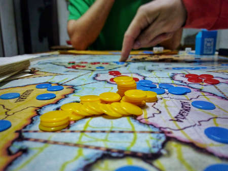 playing to conquer the world, in board game
