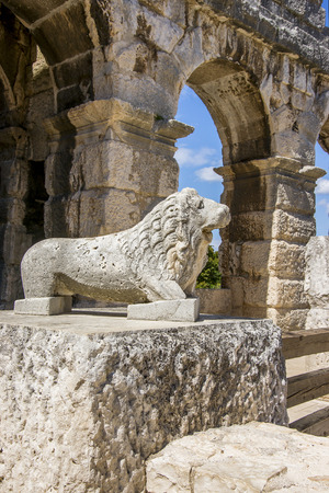 wrecked: Antique wrecked lion statue in Pula