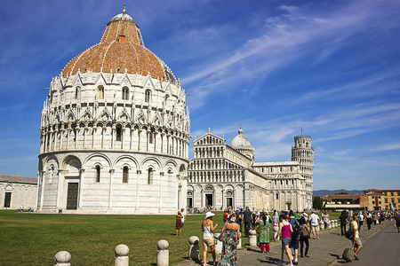 leaning tower of pisa: Pisa Leaning tower, Baptisteryr and Cathedral in Italy in summer Editorial