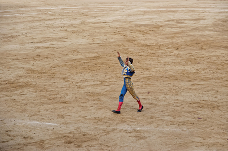 torero: BARCELONA, SPAIN - AUGUST 01, 2010: Spanish torero in the arena of La Monumental on August 01, 2010 in Barcelona, Catalonia, Spain