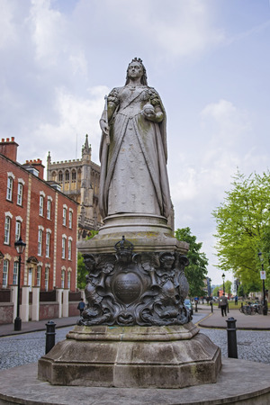 south west england: Queen Victoria monument near College Green in Bristol in South West England. Victoria was Queen of the Great Britain and Ireland from 19th century till 20th century. Stock Photo