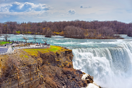 american falls: Niagara Falls viewed by tourists from American side. A view on American Falls
