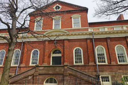 harvard university: Cambridge, USA - April 29, 2015: Harvard Hall at Harvard Yard of Harvard University in Cambridge, Massachusetts, MA, USA. It is used as the library and Harvard University classroom. Editorial
