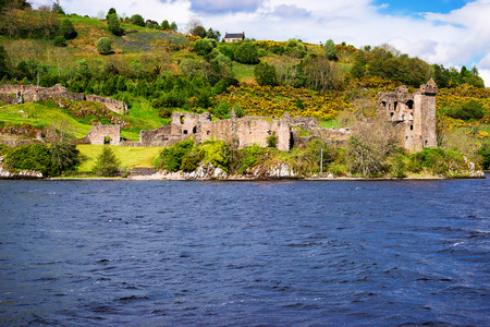 loch ness: Remainings of the Urquhart  in Loch Ness, in Scotland. Loch Ness is a city in the Highlands in Scotland in the United Kingdom.
