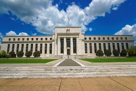 Il consiglio di amministrazione della riserva federale di Marriner S. Eccles si trova a Washington DC, Stati Uniti. È stato progettato da Paul Philippe Cret e costruito nel 1937. Fu precedentemente denominato Federal Reserve Building.
