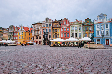 poznan: Poznan, Poland - May 7, 2014: Fountain of Neptune at the Old Market Square in Poznan, Poland. People on the background