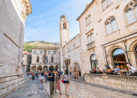 Dubrovnik, Croatia - August 20, 2016: People on Stradun Street in the Old city of Dubrovnik, Croatia Redakční